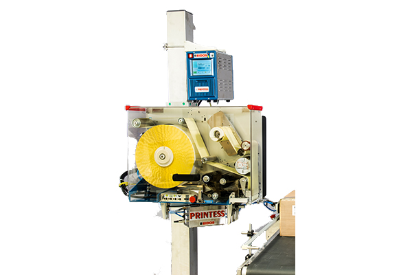 Compact and cost-effective labelling machine for labels up to 120 mm wide.